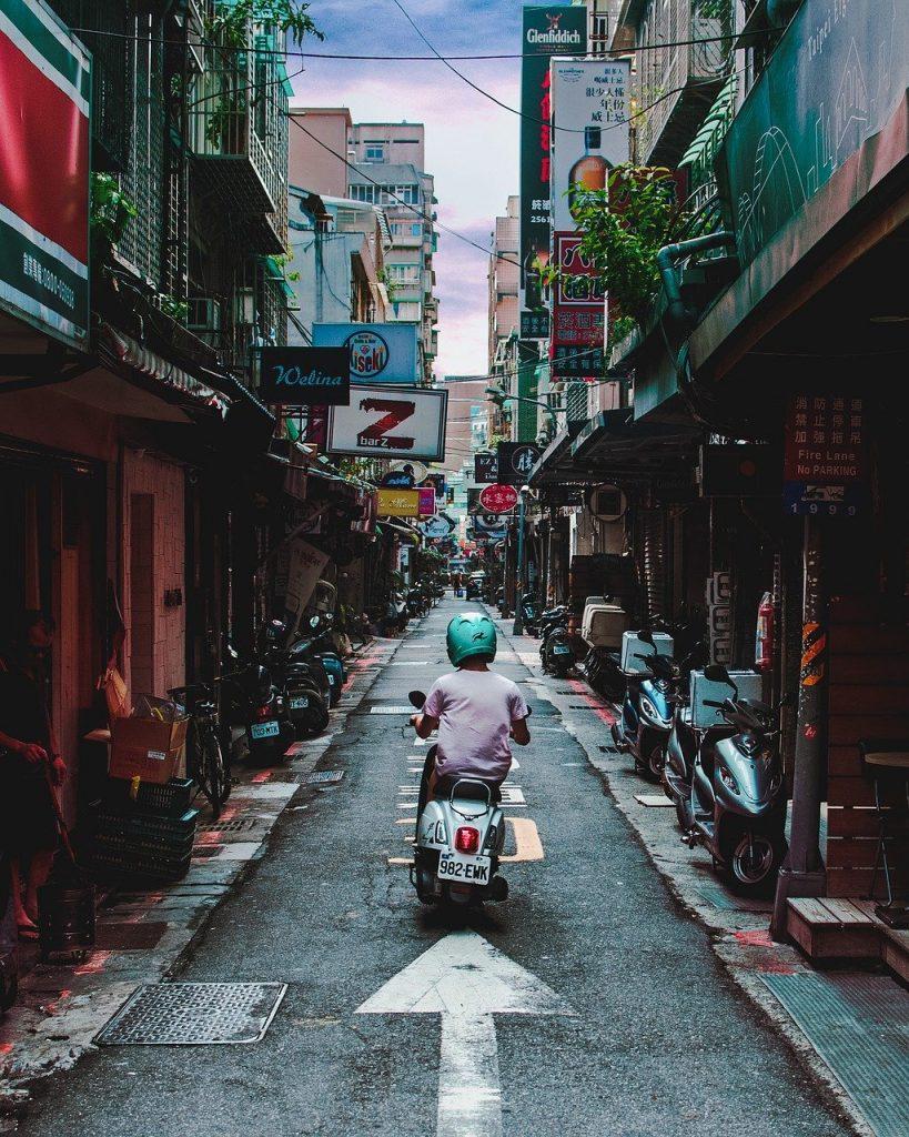 台南民間借錢 閃兌機車貸、1~15萬、快速貸款