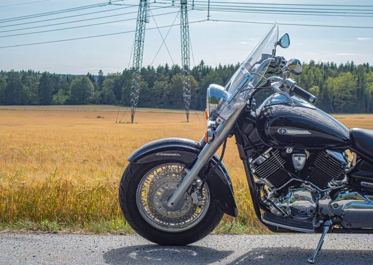 black touring motorcycle during daytime